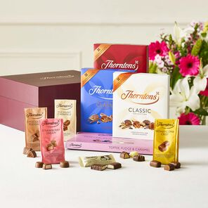 Classic Flavours Chocolate Hamper tablet