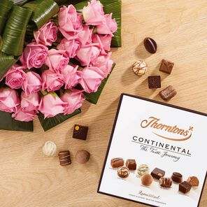 Premium Pink Roses Bouquet and Continental Box tablet