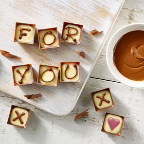 5d461909d3b Personalised Chocolate Gifts UK | Personalised Gifts for Mum ...