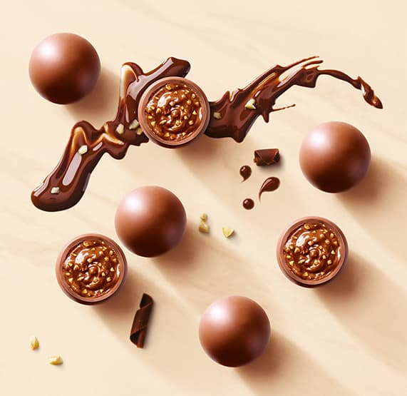 Made with the finest quality roasted hazelnuts and enriched with crispy wafer pieces, Nutty Crunch Pearls unveil a decadent praline centre with a delightfully surprising taste & texture combination.