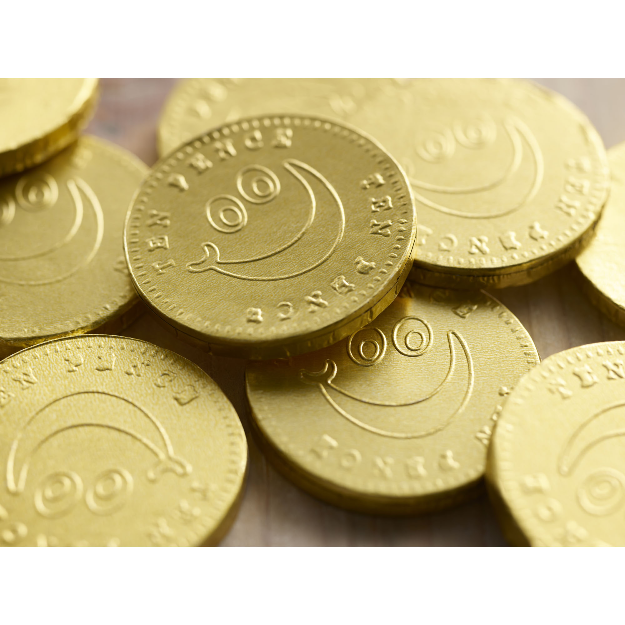 Smiles Milk Chocolate Coins | Gifts for Loved Ones | Thorntons